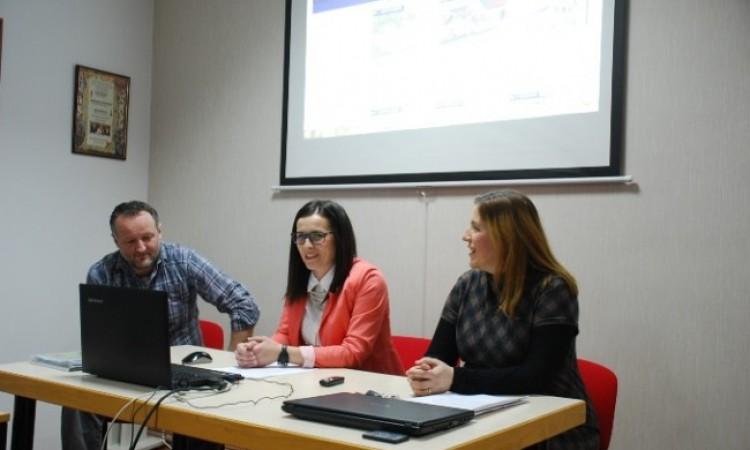 ZAJEDNIČKI PROJEKT MUZEJA GRADA PAKRACA I GRADSKE KNJIŽNICE PAKRAC   Pakračka zavičajna povijest dostupna na webu