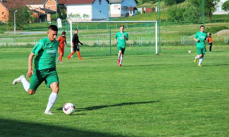NOGOMETNE LIGE: Hajduku važni domaći bodovi, Badljevčani mrežu tresli osam puta