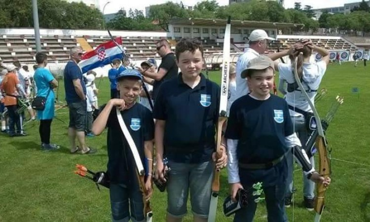 Pakrački mali streličari: Patrik Amić državni prvak, ekipno oborili državni rekord
