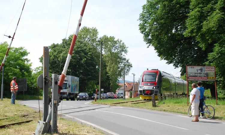 Nakon godinu dana: Kroz Pakrac prošao putnički vlak