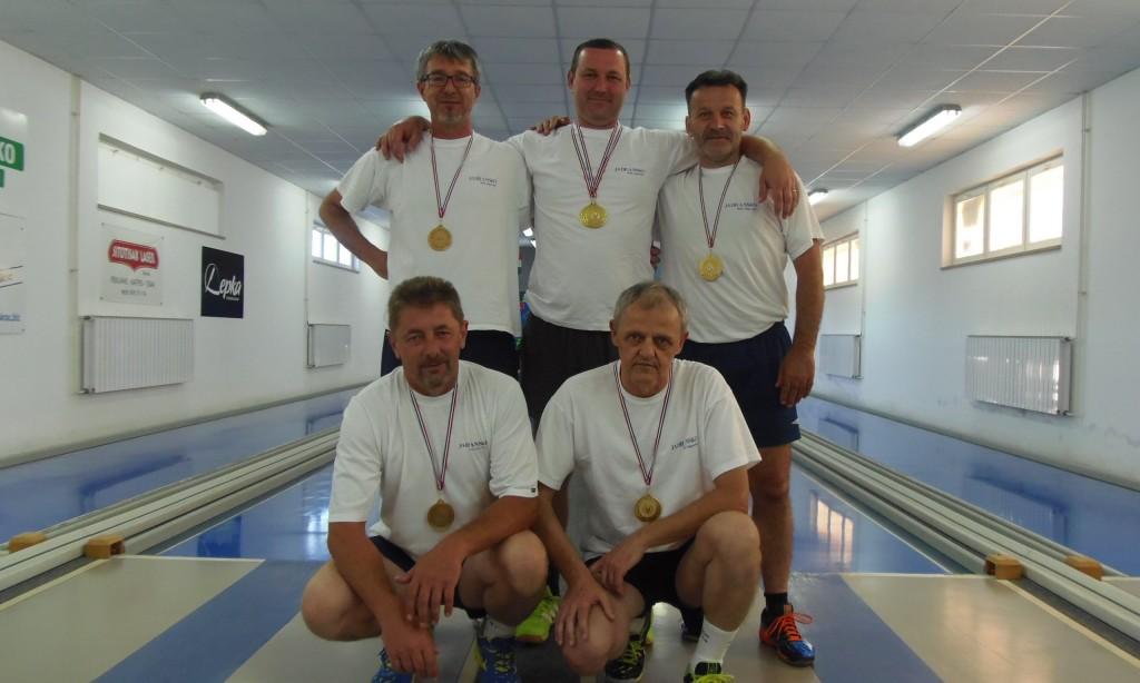 Gradska kuglačka liga: Pobjednici Pakrac II i Zvonko Gnezda