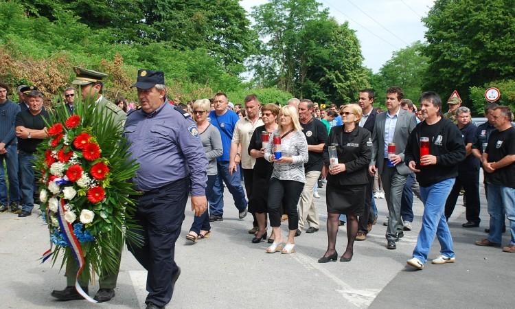 25. obljetnica pogibije Vlade Laučana: Žrtva branitelja ne smije biti zaboravljena