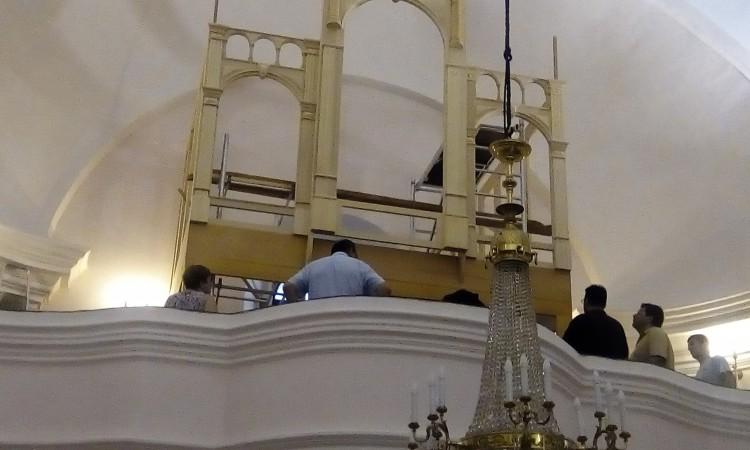 Povijesne pakračke orgulje zasvirat će za Božić u župnoj crkvi