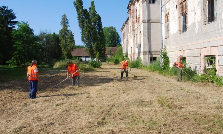 Javni radovi: Tri ruševine će poboljšati egzistenciju 11 obitelji