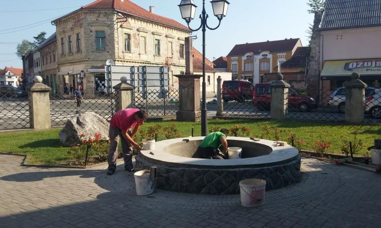 Pakračka fontana na Tuđmanovom trgu uskoro u funkciji – modernija i ljepša!
