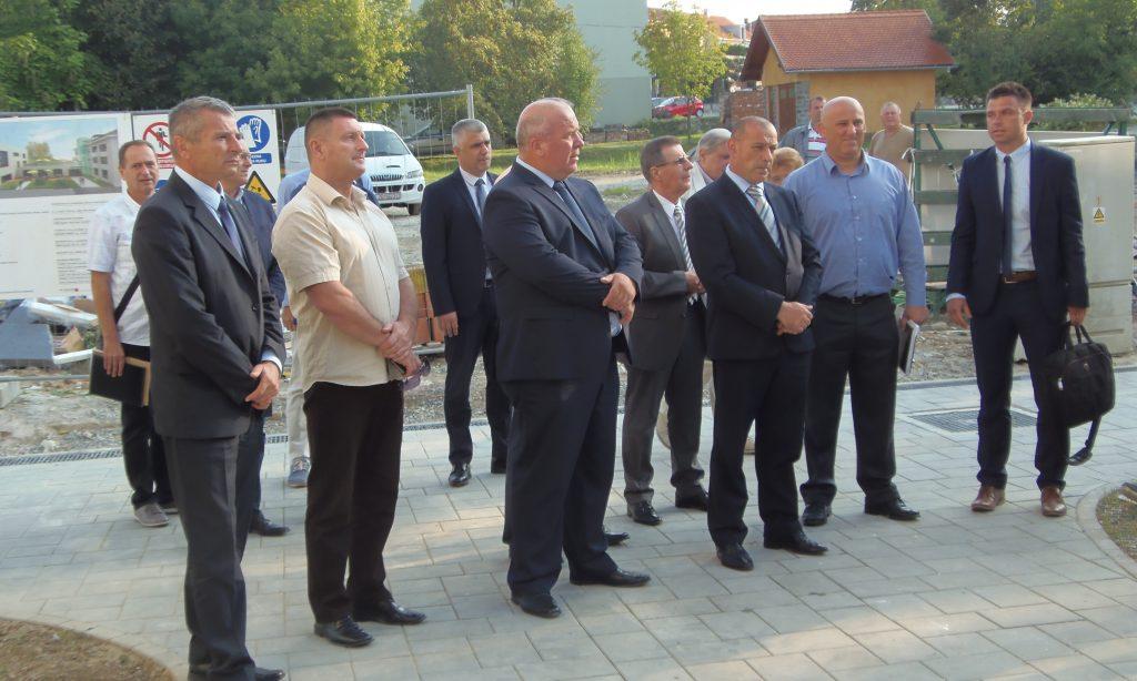 DOM HRVATSKIH VETERANA U LIPIKU: U posjeti ministar Medved