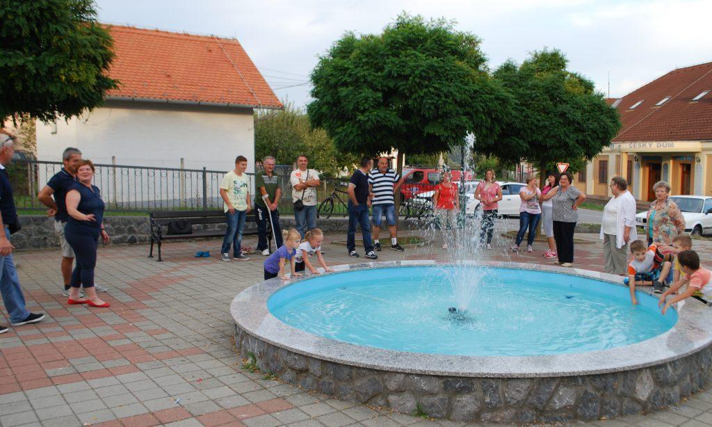 NOVO OBILJEŽJE: Puštena u rad prekopakranska fontana