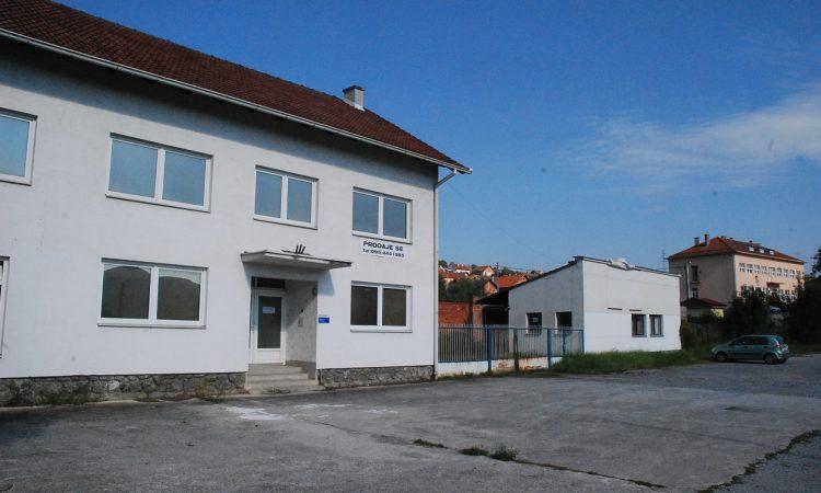 """""""KUĆE"""" SE VODE LIPIK: Kupili zgradu Konstruktora"""