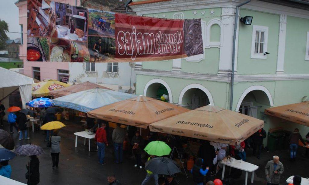 UNATOČ KIŠI: Velika posjećenost i odlična zabava na pakračkom sajmu