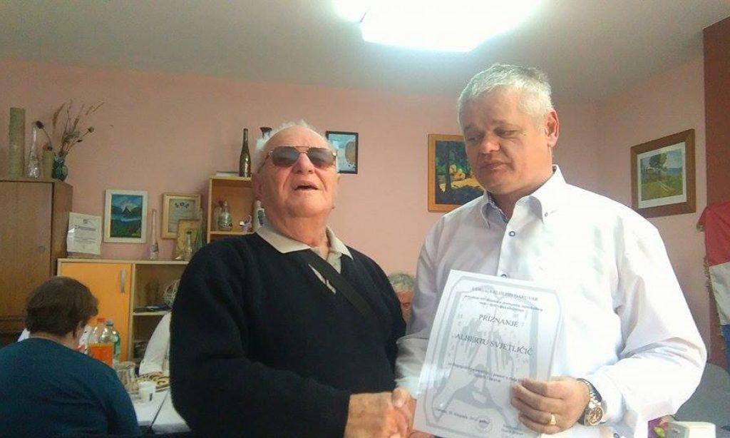 Priznanje Albertu Svjetličiću: 50 godina posvećenih radu za slijepe i sa slijepima