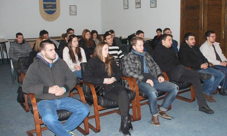 GRADSKE STIPENDIJE ZA STUDENTE: Za 46 studenata 250.000 kuna