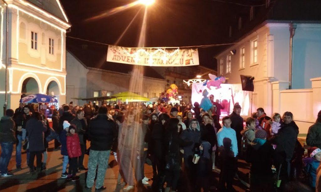 BOŽIĆNI SAJAM: Odlično prihvaćena predbožićna pakračka priča
