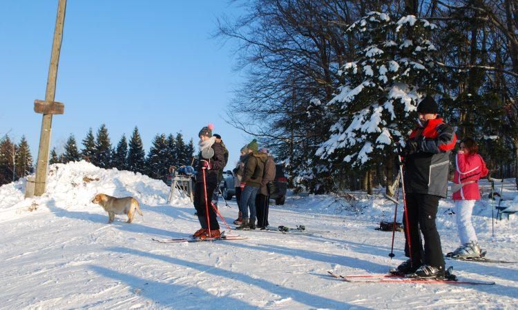 OVOG VIKENDA NA OMANOVCU: Brojni skijaši i izletnici iz Slavonije