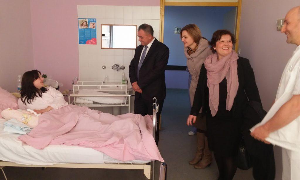 Ena Vitina prva rođena beba u Pakracu i županiji
