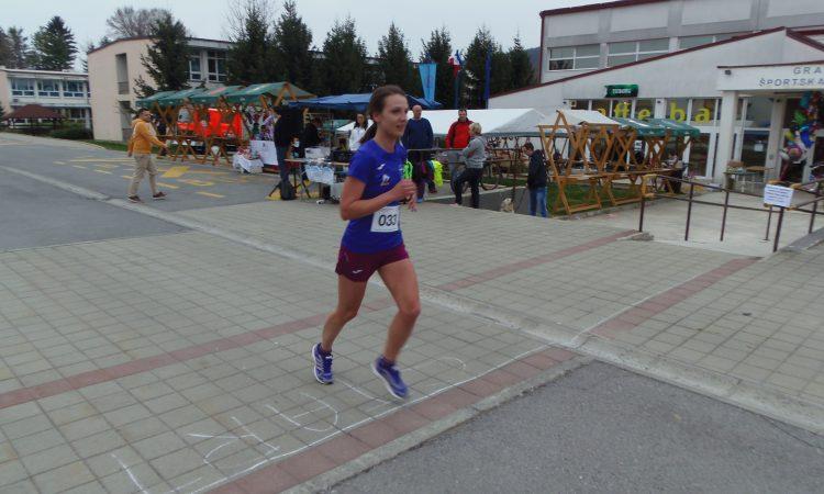 4. UTRKA POVODOM DANA GRADA Pakračanka Antonija Demartini osvojila srebro