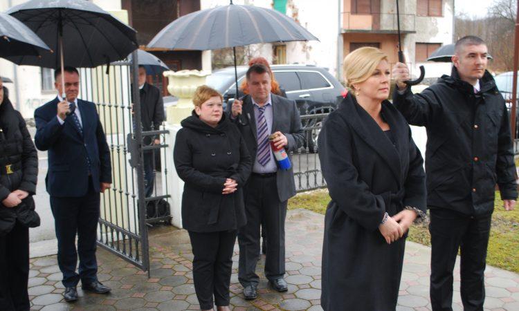 Predsjednica RH Kolinda Grabar Kitarović u Pakracu