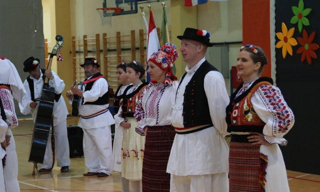 6. Županijski kulturni mozaik – Prezentirano kulturno stvaralaštvo udruga naše županije