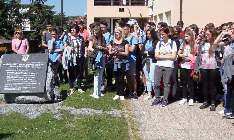 Vukovarski osmaši posjetili Pakrac