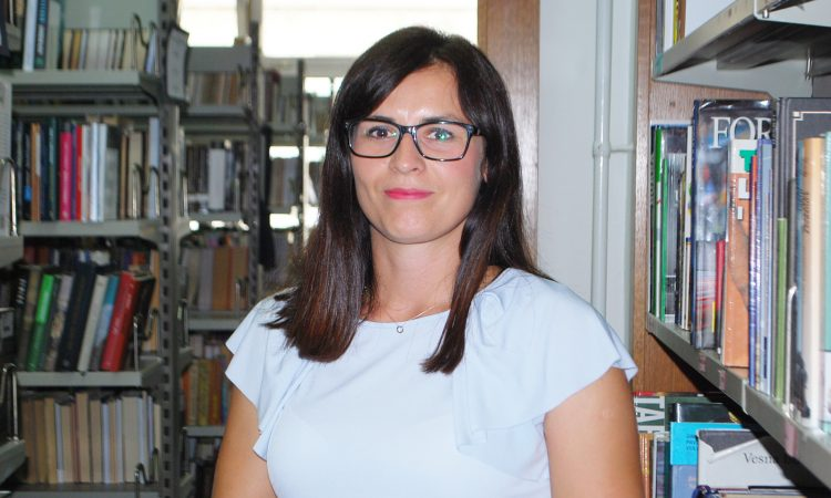 MONIKA LUCIĆ FIDER, RAVNATELJICA PAKRAČKE KNJIŽNICE Knjižnica je znatno više od čuvaonice i posuđivaonice knjiga