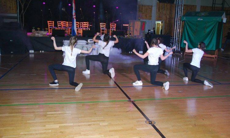 KPD SLOGA Trebaju učitelja plesa