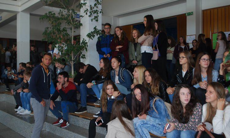 SREDNJA ŠKOLA PAKRAC  Ponovo manje učenika za dva razreda