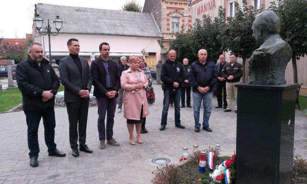Gradski čelnici i predstavnici udruga obilježili Dan neovisnosti Republike Hrvatske