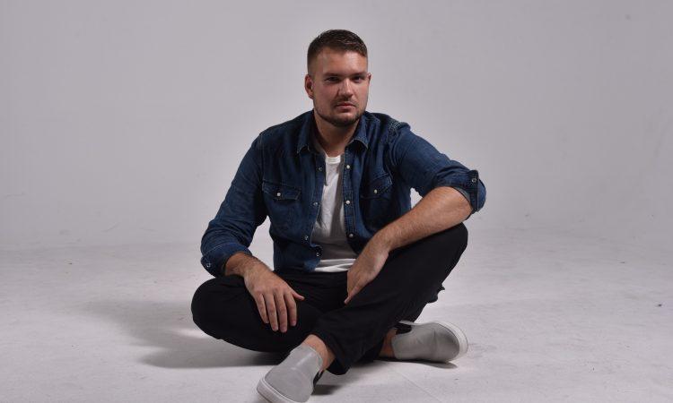 MATEJ PLAVČEK Album prvijenac na prodajnim mjestima