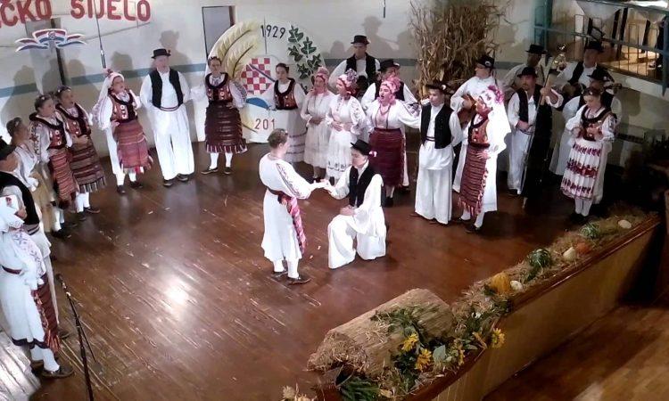 KUD SELJAČKA SLOGA Predstavljaju županiju na Državnom susretu izvornih folklornih skupina