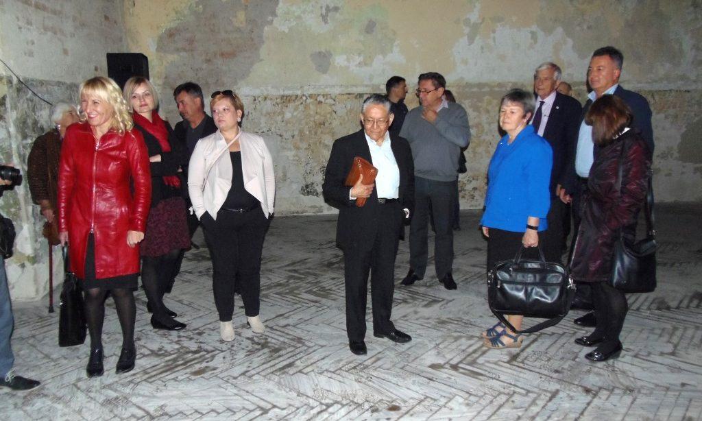 SVJETSKI PSIHIJATRI U PAKRACU Posjetili mjesto humane evakuacije bolesnika