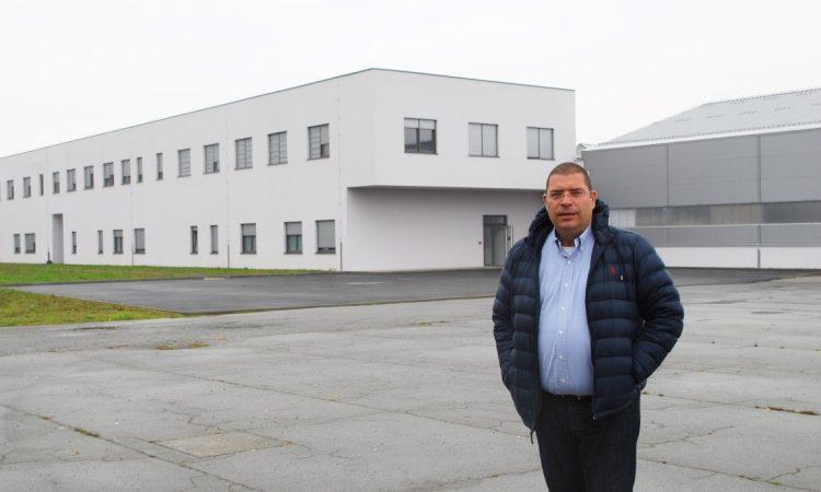 ZAVRŠEN VELIKI INVESTICIJSKI CIKLUS U LIPIČKOJ STAKLANI U novu tvornicu uloženo 6 milijuna eura