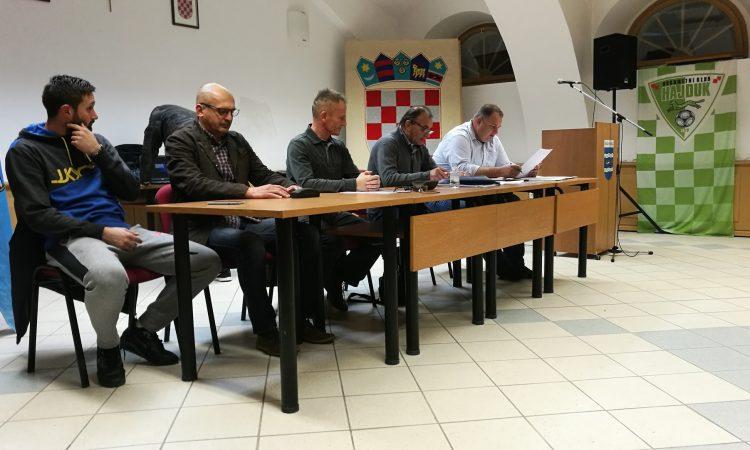 SKUPŠTINA HAJDUKA Marijan Prohaska ostaje predsjednik