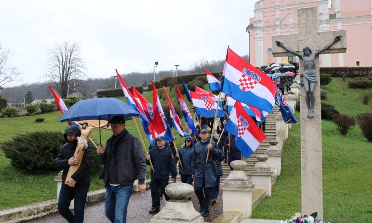 9. KRIŽNI PUT GRADA PAKRACA U spomen na sve stradalnike u domovinskom ratu