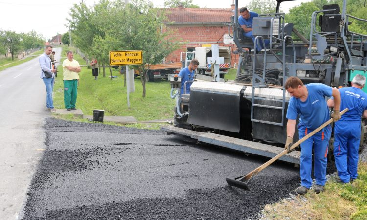 VELIKI BANOVAC Započelo asfaltiranje ceste prema groblju