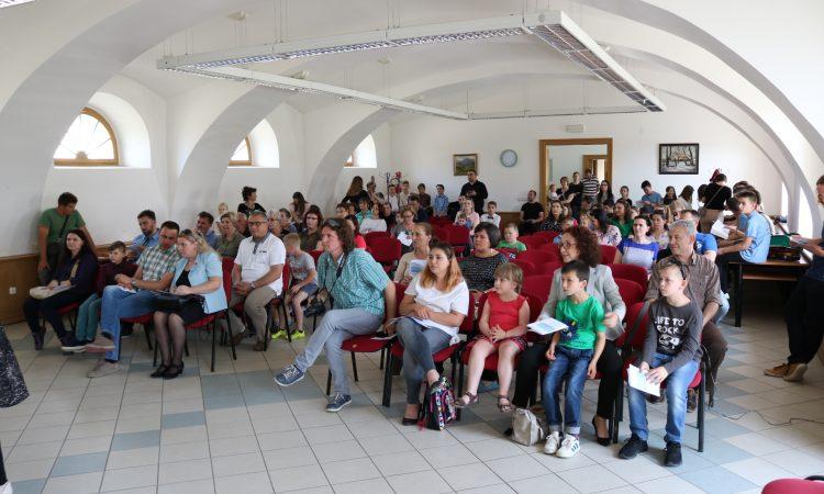 """OSNOVNA GLAZBENA ŠKOLA """"Glazbenom razglednicom Europe"""" počeo svibanjski koncertni ciklus"""