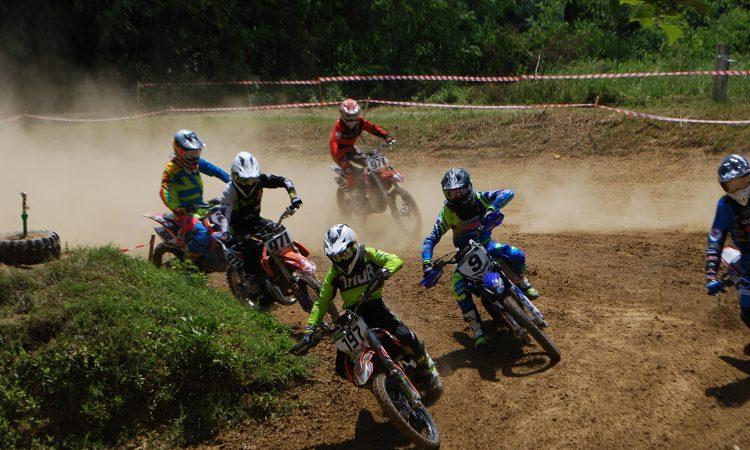 """MOTOCROSS U tijeku je 24. motocross utrka """"Bljesak"""""""