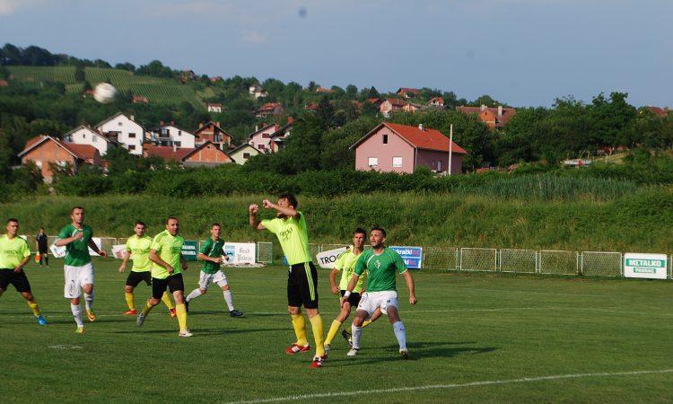 NOGOMET: 4. HNL  Hajduk uvjerljiv protiv Gunje