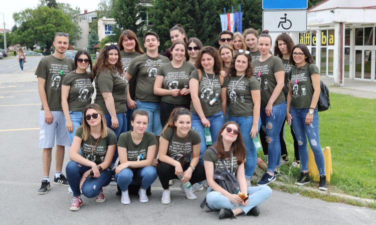 SREDNJA ŠKOLA PAKRAC  Na natjecanjima znanja 11 županijskih prvaka