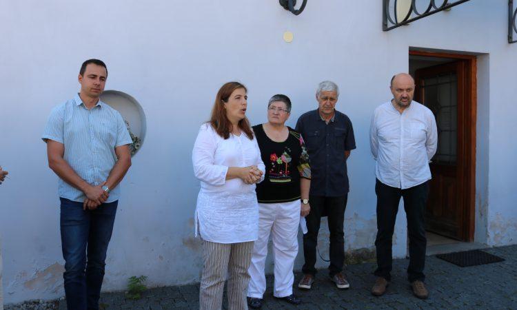 U SPOMEN NA URSA WEBERA Simbol volonterstva i pakračke obnove grada