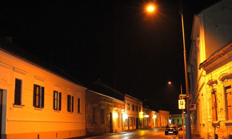 MODERNIZACIJA JAVNE RASVJETE Grad će osvjetljivati svjetiljke proizvedene u Pakracu