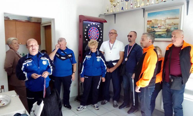 UDRUGA SLIJEPIH PAKRAC-LIPIK Prva mjesta na bjelovarskom turniru u pikadu