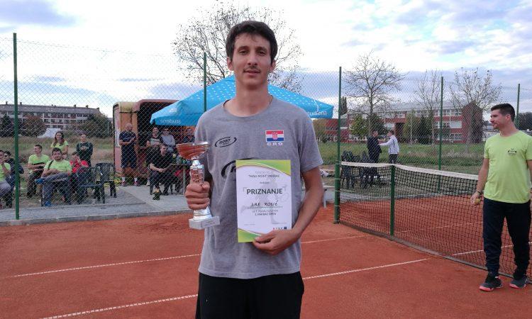 TENIS Jure Rosić pobjednik 1. Pakrac Opena