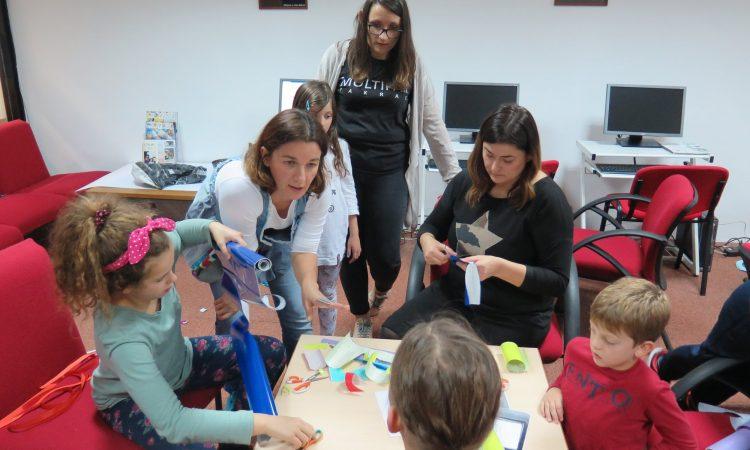 GRADSKA KNJIŽNICA PAKRAC Mališani kroz igru učili glagoljicu
