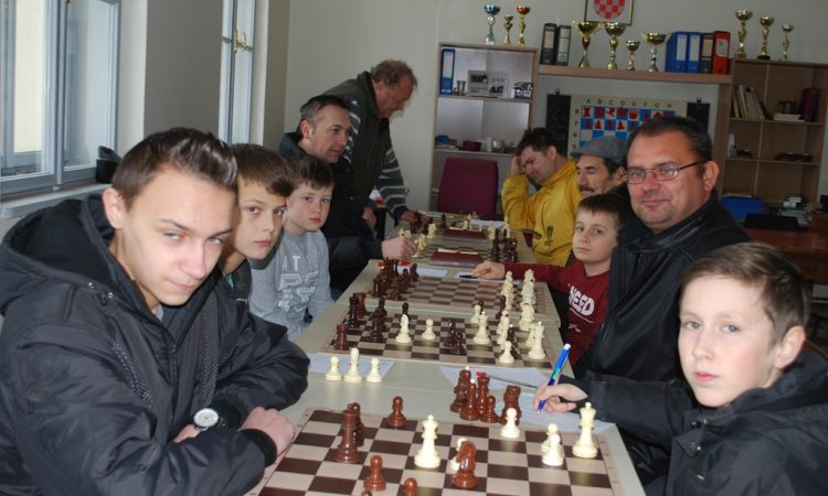 ŠAHOVSKI KLUB PAKRAC-LIPIK Uspješna jesen