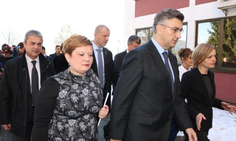 SAVJET ZA SLAVONIJU I BARANJU Premijer Plenković i devet ministara u Pakracu