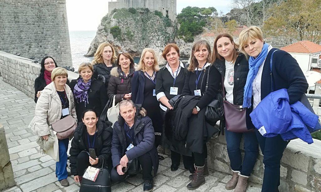 DRUŠTVO MED. SESTARA I TEHNIČARA Organizirali simpozij u Dubrovniku