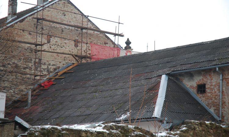 GRADSKA UPRAVA PROVODI ANKETU Prijavite svoje azbestne krovove
