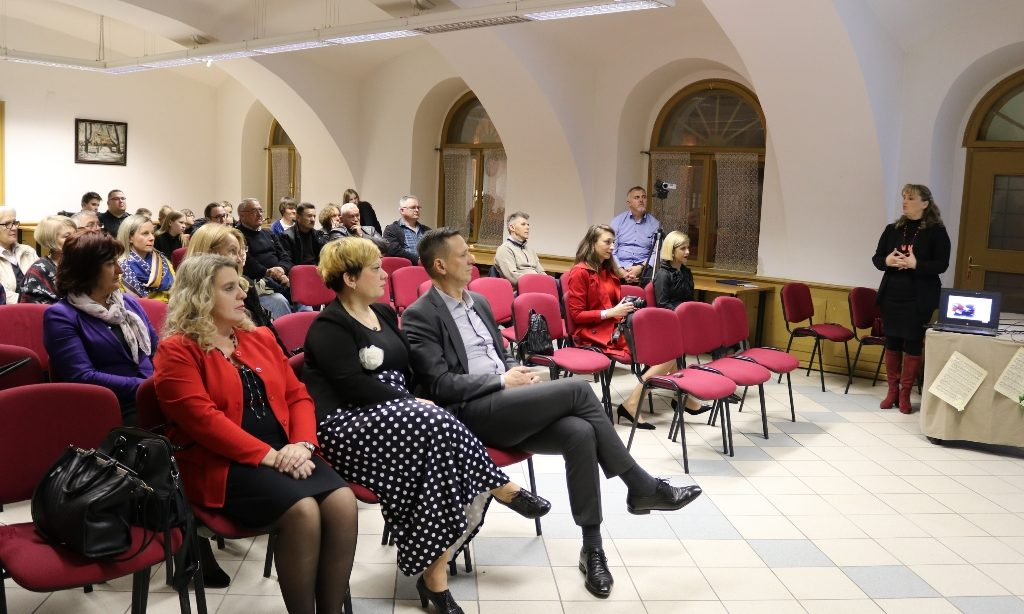 OBILJEŽAVANJE 28. GODIŠNJICE POČETKA DOM. RATA Domoljubna pjesma kroz hrvatsku povijest