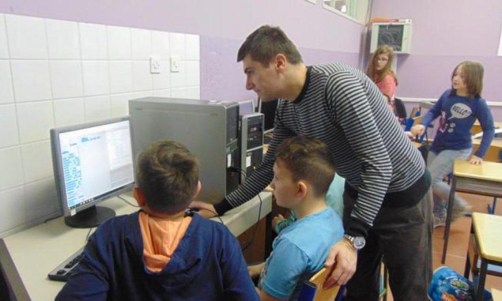 OŠ BRAĆE RADIĆA Dan darovitih učenika i sudjelovanje u projektu solidarnosti