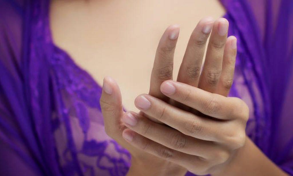 PREDAVANJE DR. VIKTORA VIDOVIĆA Trnci i bolovi u rukama