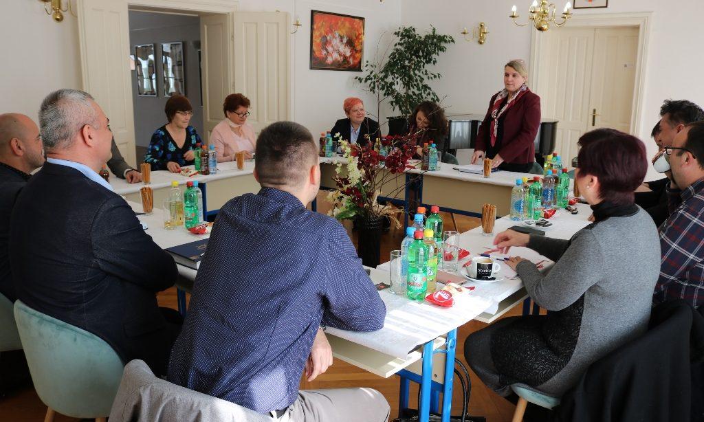 OGŠ PAKRAC Ravnatelji glazbenih škola Slavonije i Baranje na skupu u Pakracu